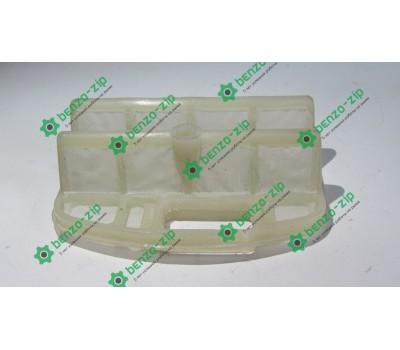 Фильтр воздушный для бензопилы Oleo-Mac 936-937